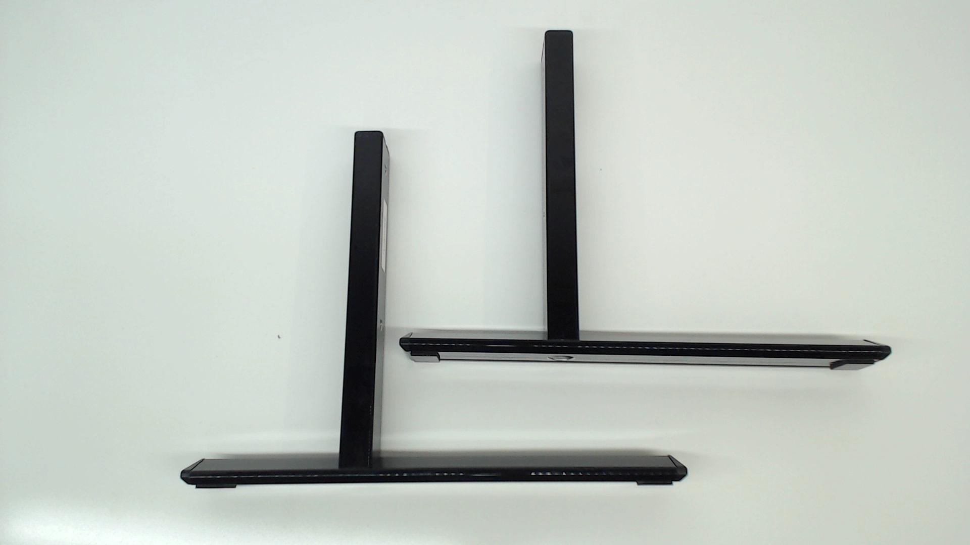 Sanyo TV Model DP55D33 TV Stand 1AA0SDA0006
